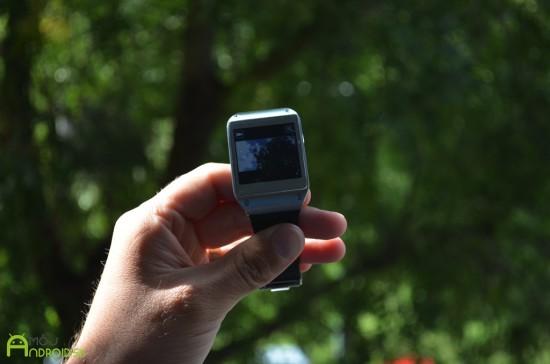 Samsung-Galaxy-Gear-15