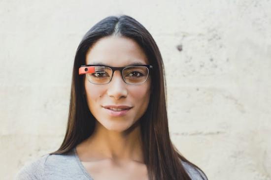 Ak k tomu pripočítate cenu za okuliare Google Glass 7d3d01b11eb
