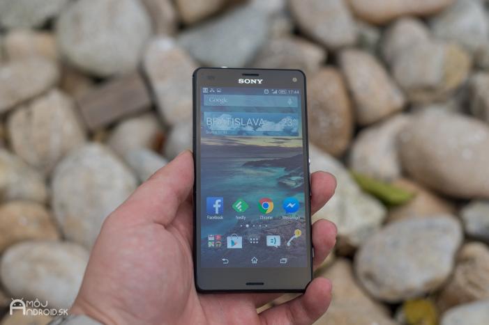 Obľúbený malý smartfón Sony Xperia Z3 Compact.