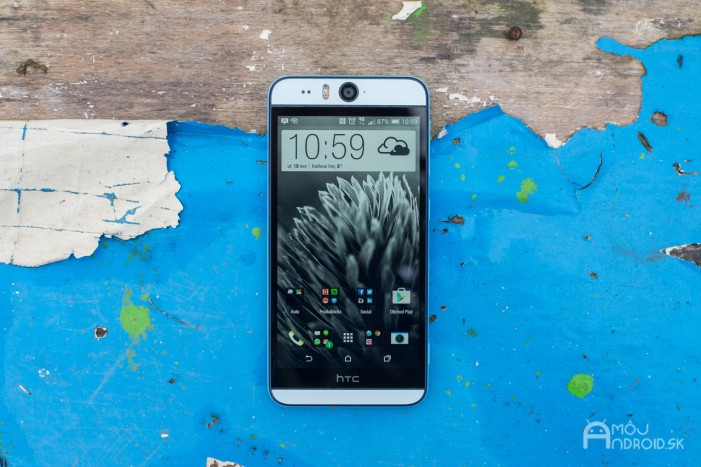 HTC Desire Eye-1
