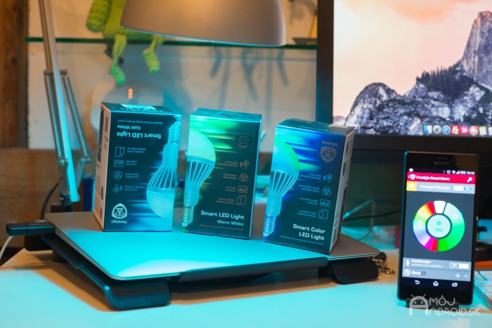 Prestigio Smart LED light-recenzia-2