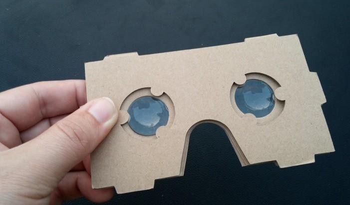 Kartónové okuliare s virtuálnou realitou d