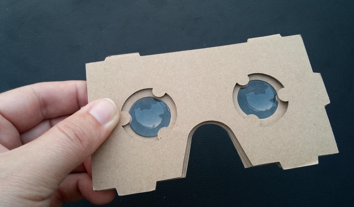 9cc34e1d6 TEST | Vyskúšali sme kartónovú virtuálnu realitu za 2,50 €