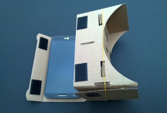 Kartónové okuliare s virtuálnou realitou g