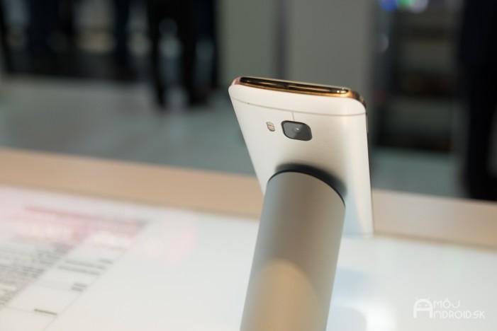 HTC One M9-15