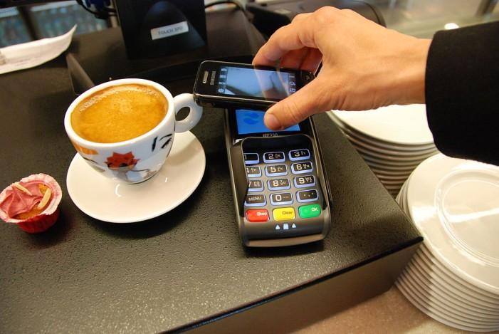 Nahraďte peňaženku telefónom s VÚB bankou