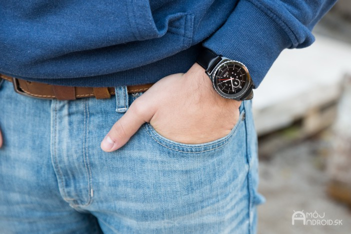 Samsung_Gear_S2_classic-3