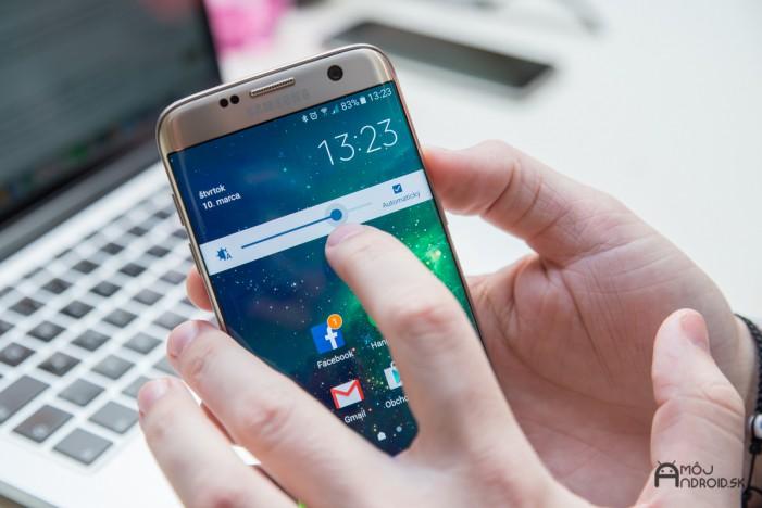 Samsung_Galaxy_S7_edge-displej-10