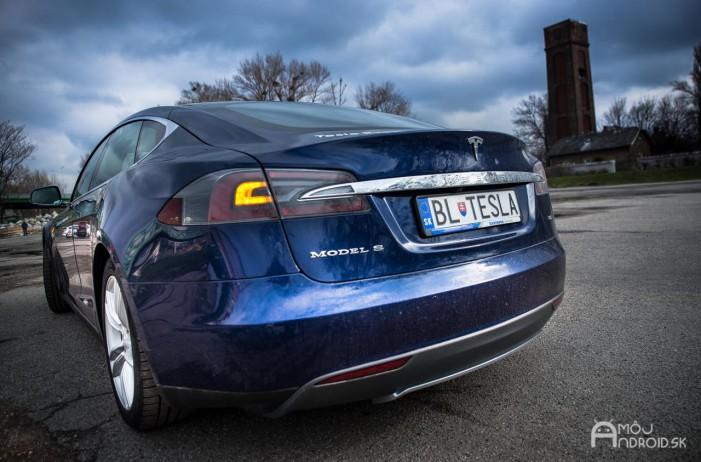 Tesla_model_s_85_test-14