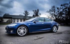 Tesla_model_s_85_test_1