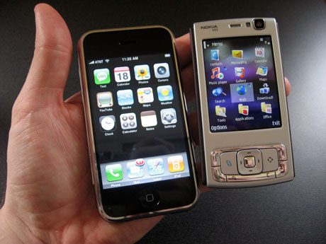 Nokia N95 a iPhone