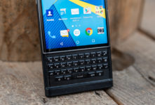 blackberry-hub-titulka