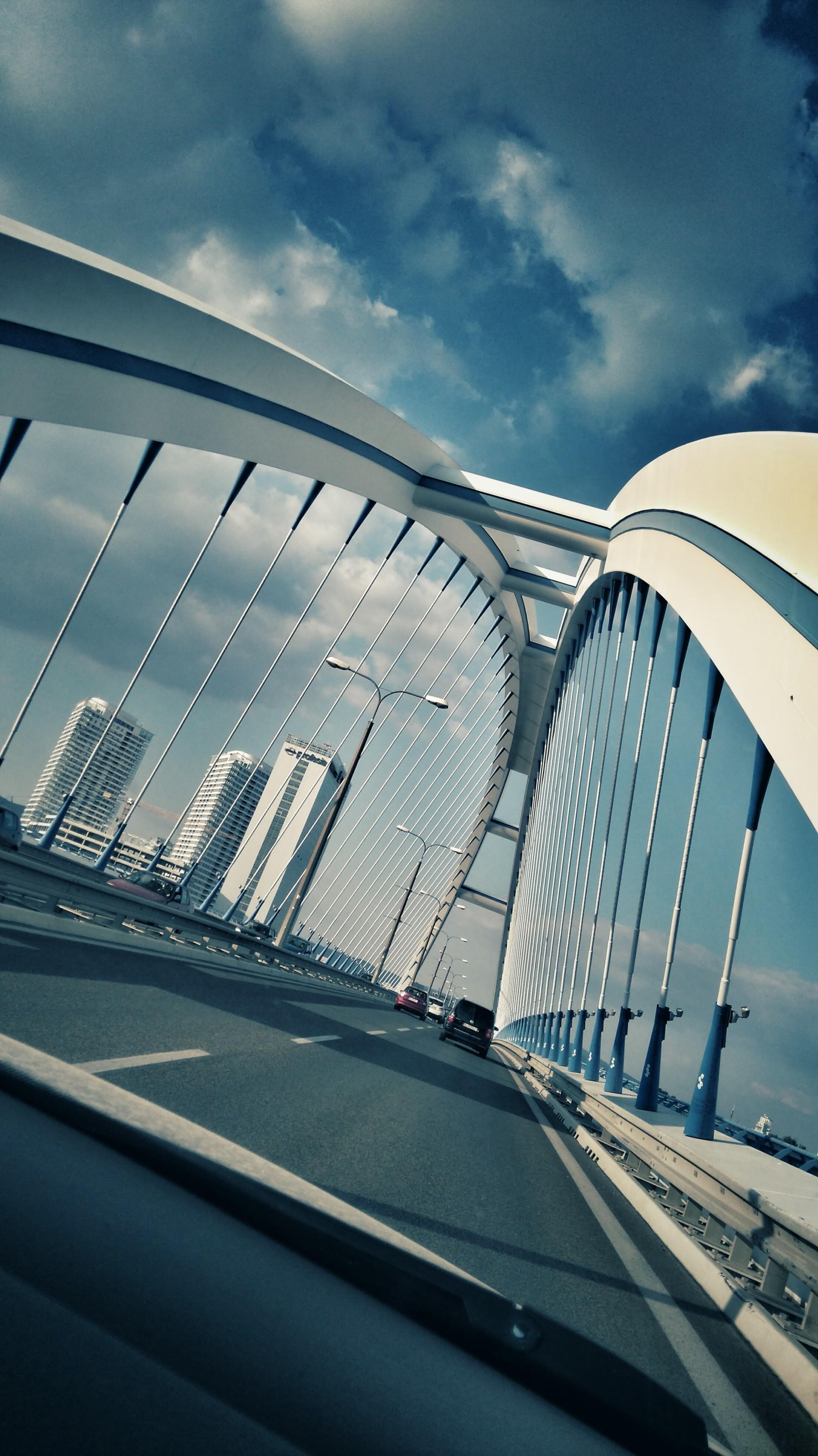 randomdroid | APOLLO BRIDGE | Zariadenie: Sony Xperia M4 Aqua