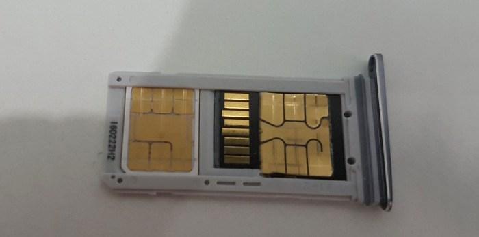 Dual SIM SD karta