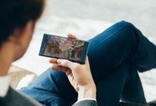 11_Xperia_XZ_Premium_Viewing