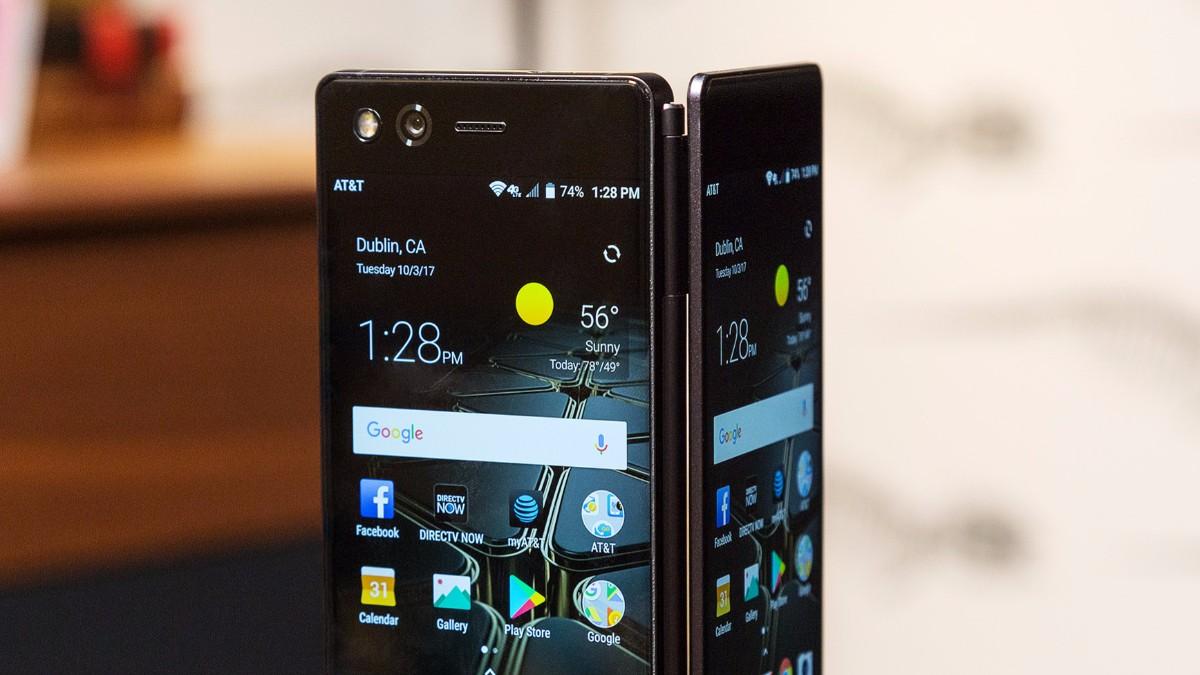 ZTE Axon M oficiálne: Smartfón či tablet? Tak trochu skladačka