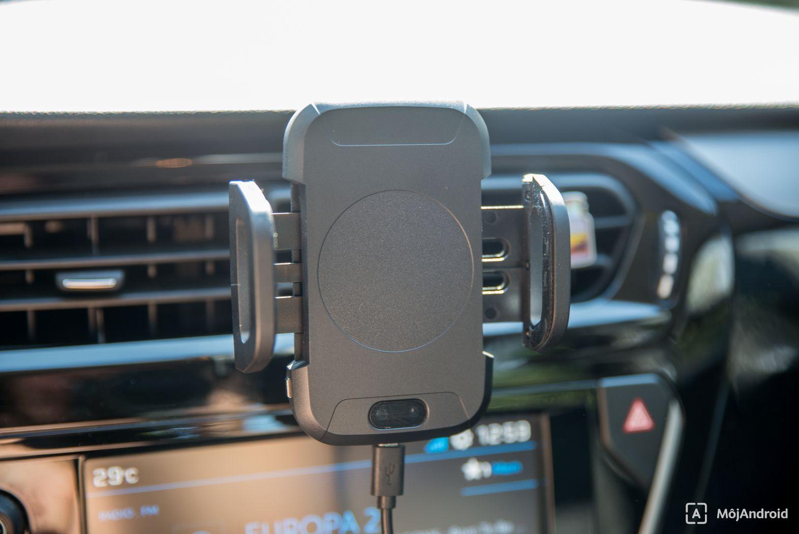 TEST Inteligentný automatický držiak na telefón do auta  C2 d4876eeed68