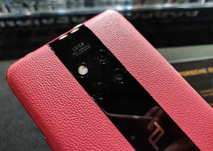 Huawei Mate 20 RS Porsche Design je jediné zariadenie značky Huawei, ktoré Meng používala