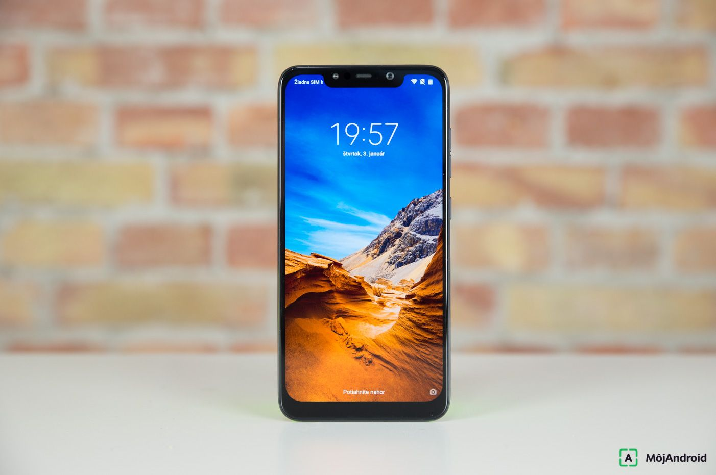Pocophone F1 displej
