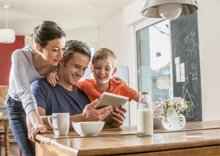 Orange láka na vynovenú ponuku 4G internetových balíkov domácnosti bez optického pripojenia