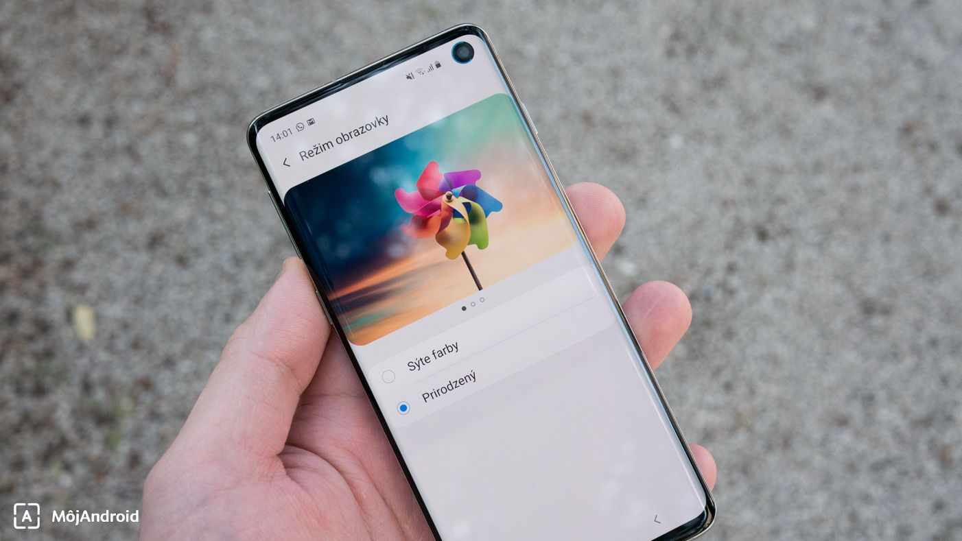 Samsung Galaxy S10 rezim displeja