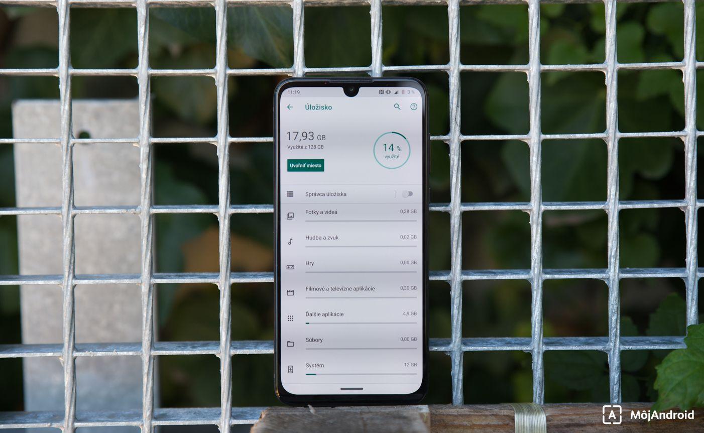 Motorola one zoom úložisko