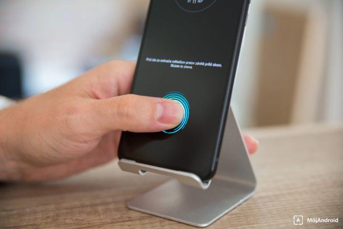 Motorola one zoom skener odtlačkov v displeji