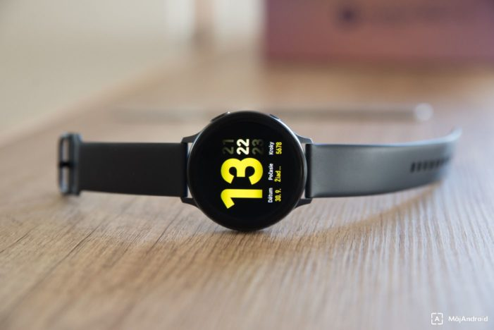 Samsung Galaxy Watch Active 2 displej