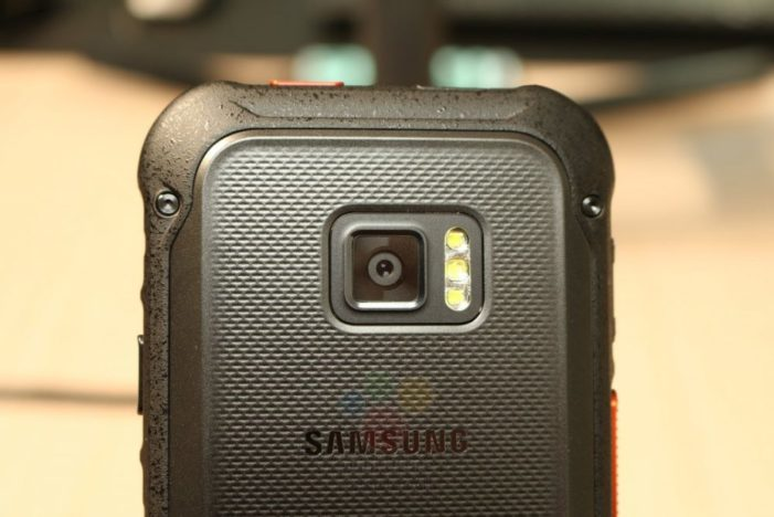 Samsung Galaxy Xcover FieldPro fotoaparát