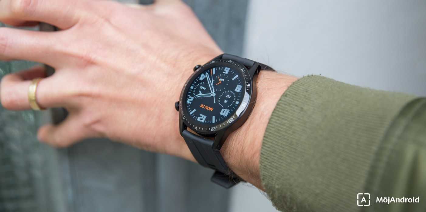 Huawei Watch GT2 displej na slnku