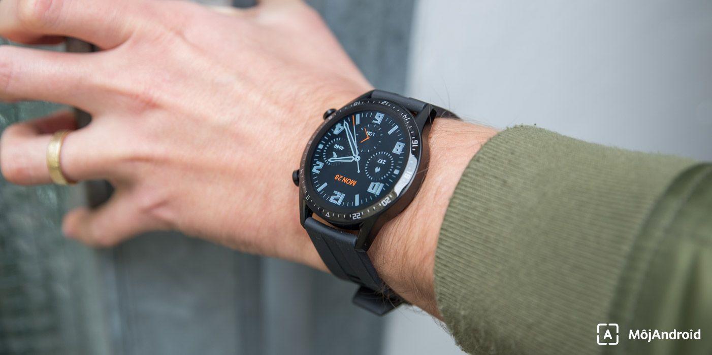 Huawei Watch GT2 displej na slnku