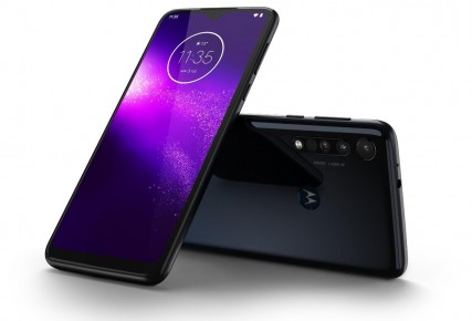 Motorola one macro foto 2