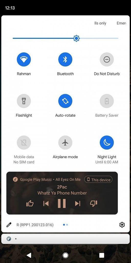Hudobný prehrávač v paneli prepínačov v Androide 11