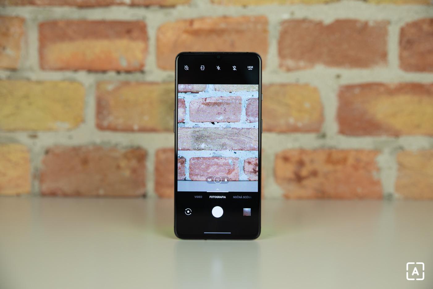 OnePlus 7T fotoaparat