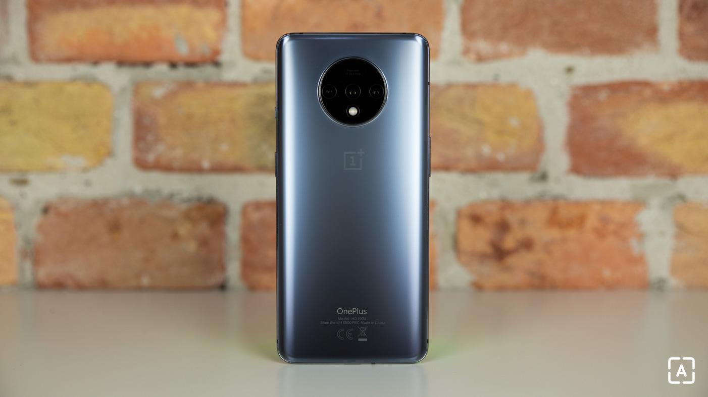 OnePlus 7T fotoaparat kruh