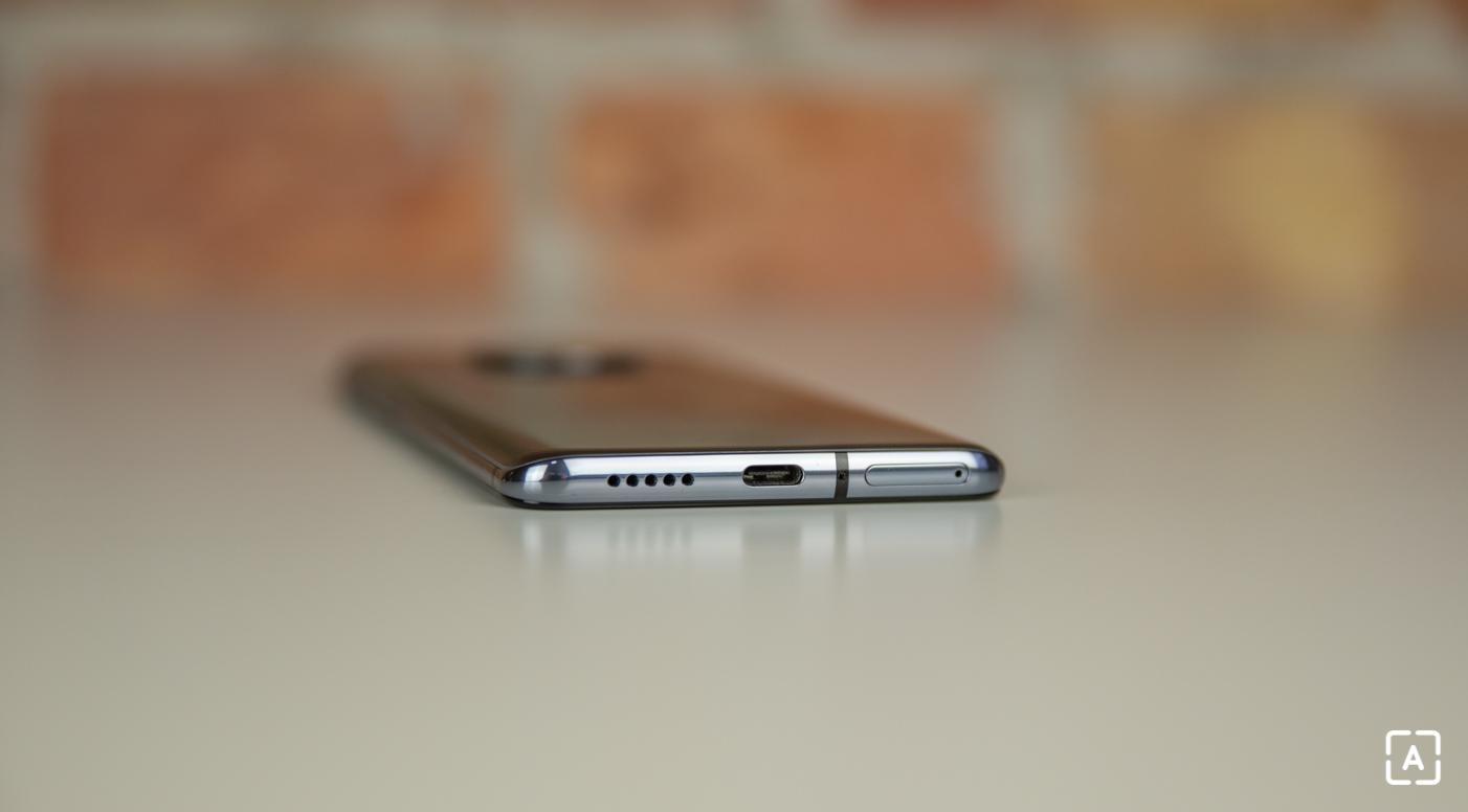 OnePlus 7T USB reproduktor