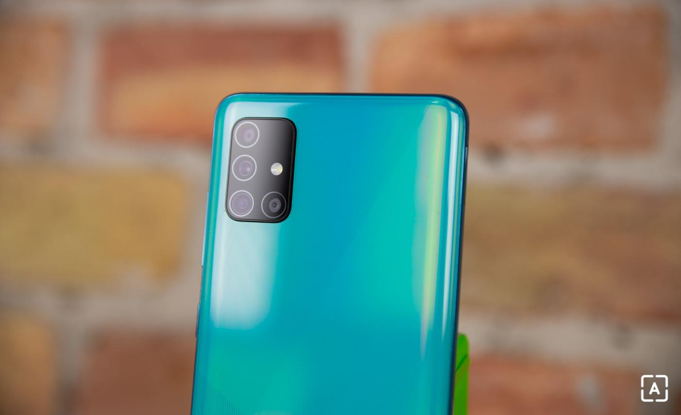 Samsung Galaxy A51 titulka