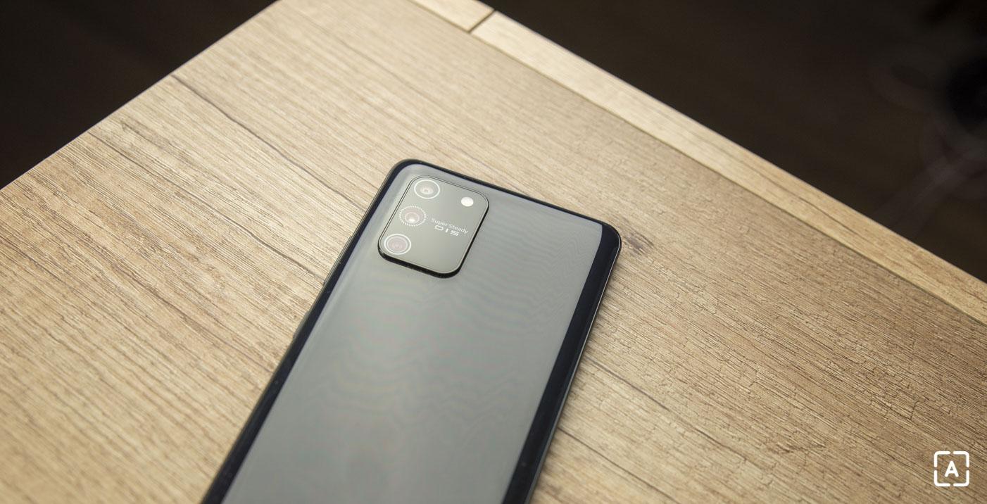 Samsung Galaxy S10 Lite fotoaparat