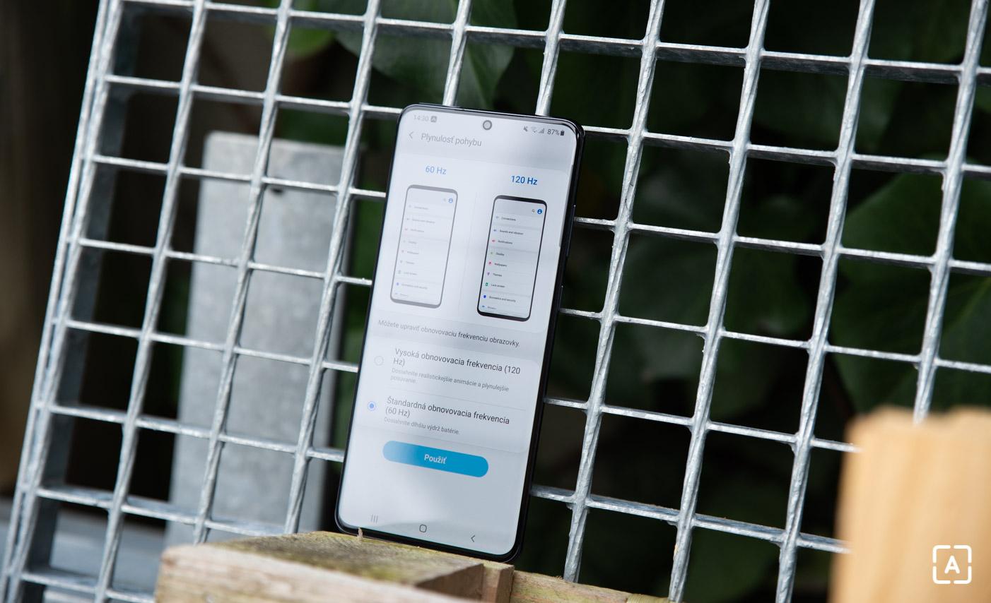 Samsung Galaxy S20 Ultra displej