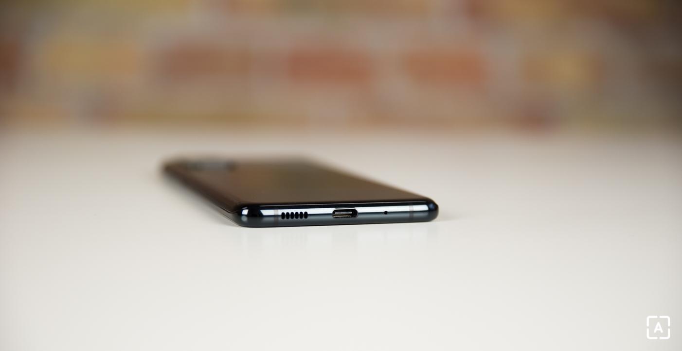 Samsung Galaxy S20+ USB-C konektor