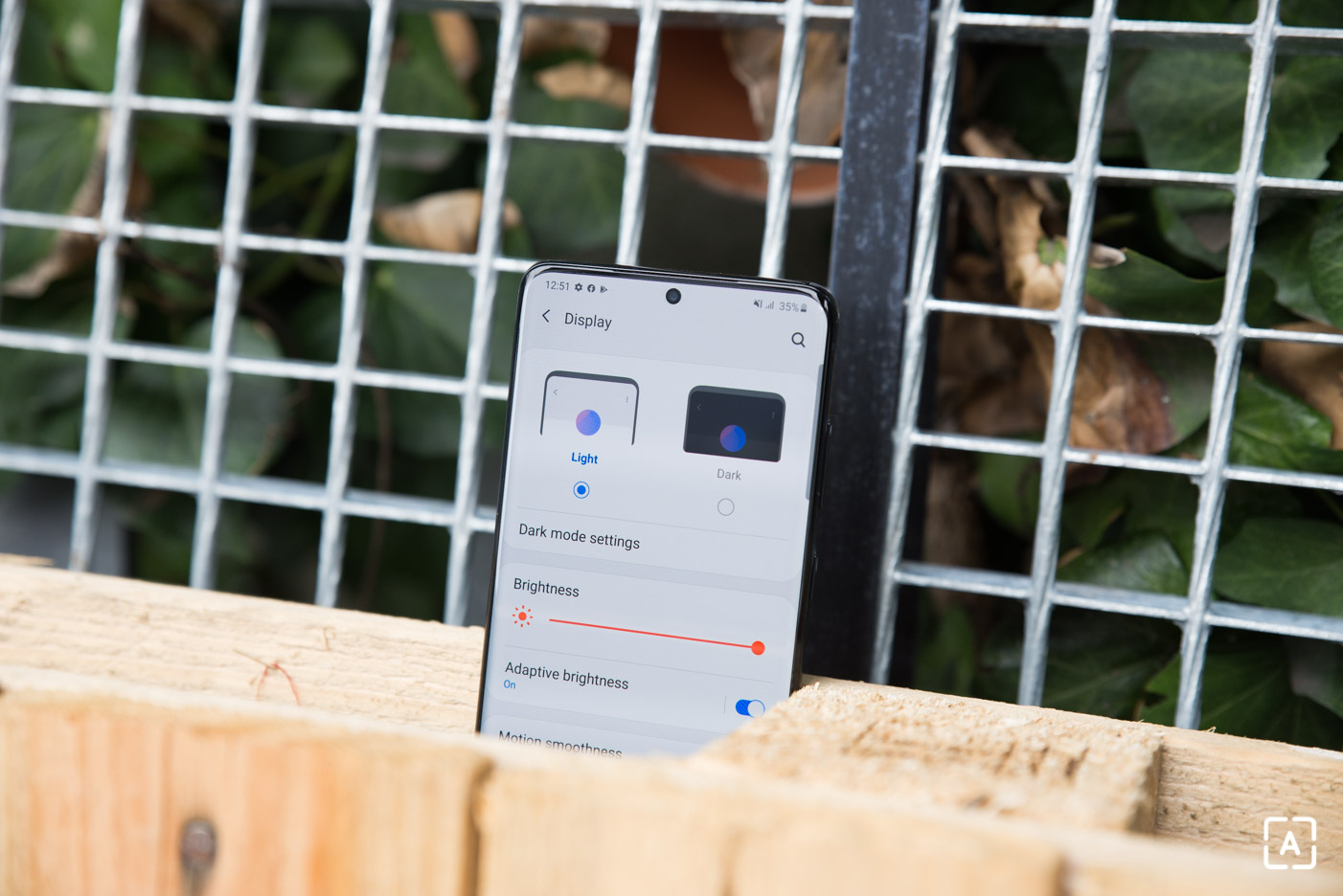 Samsung Galaxy S20+ displej 120 Hz