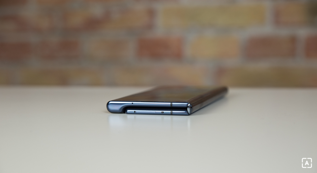 Huawei Mate Xs USB konektor