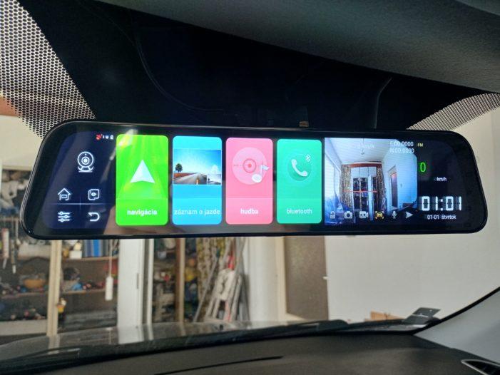 Spätné zrkadlo s Androidom.