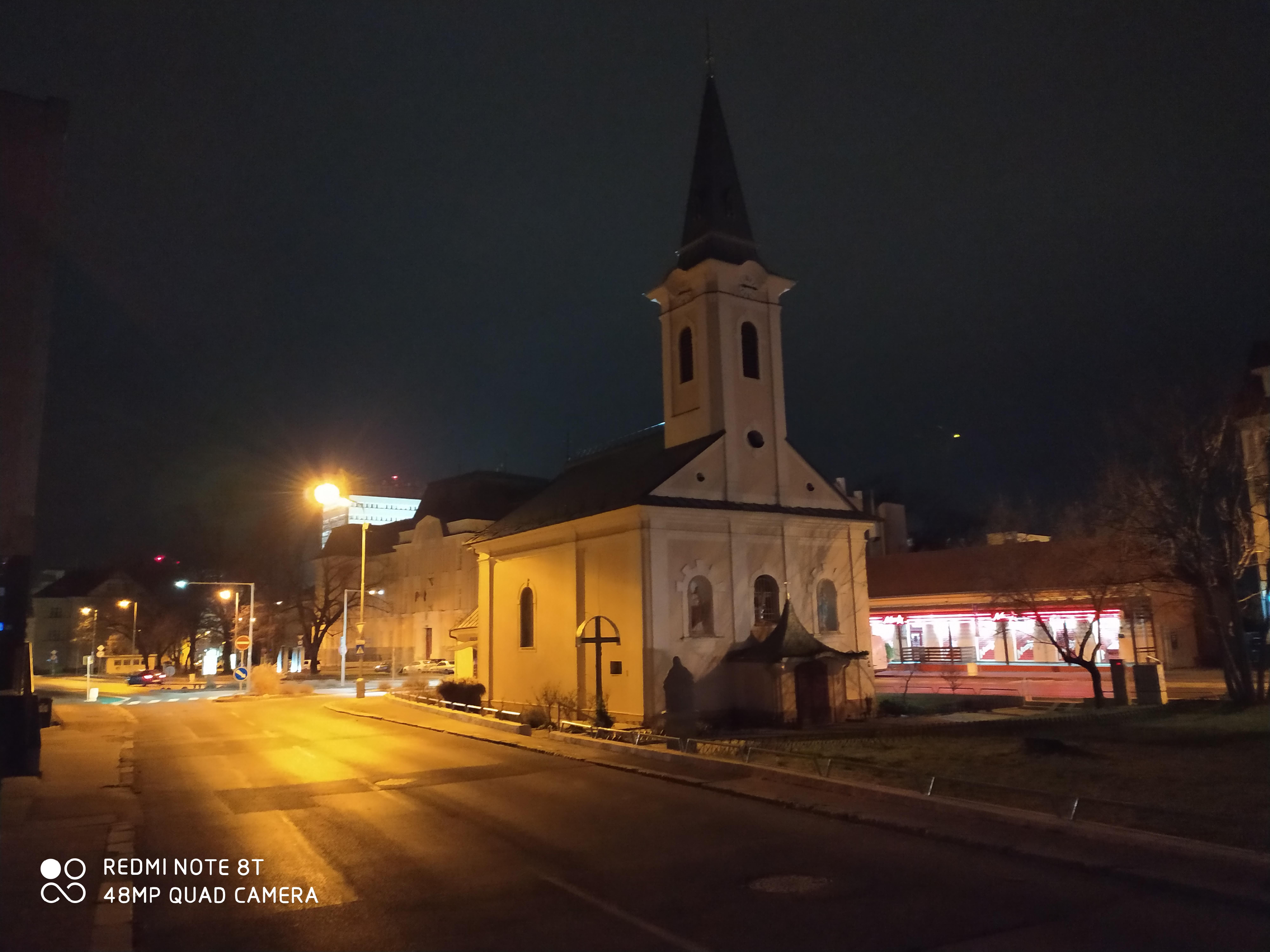 Redmi Note 8T nočný snímok 48MP