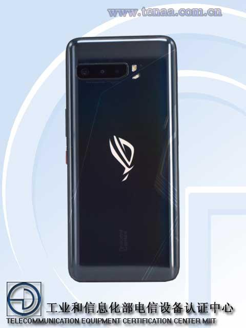 Asus ROG Phone 3 zadná stran