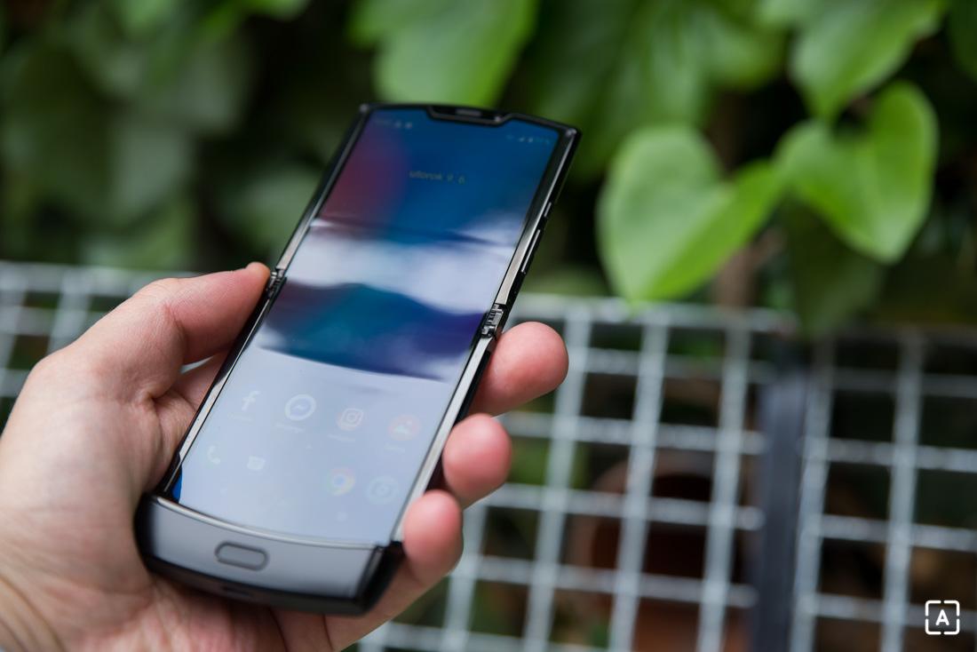 Motorola razr otvoreny displej
