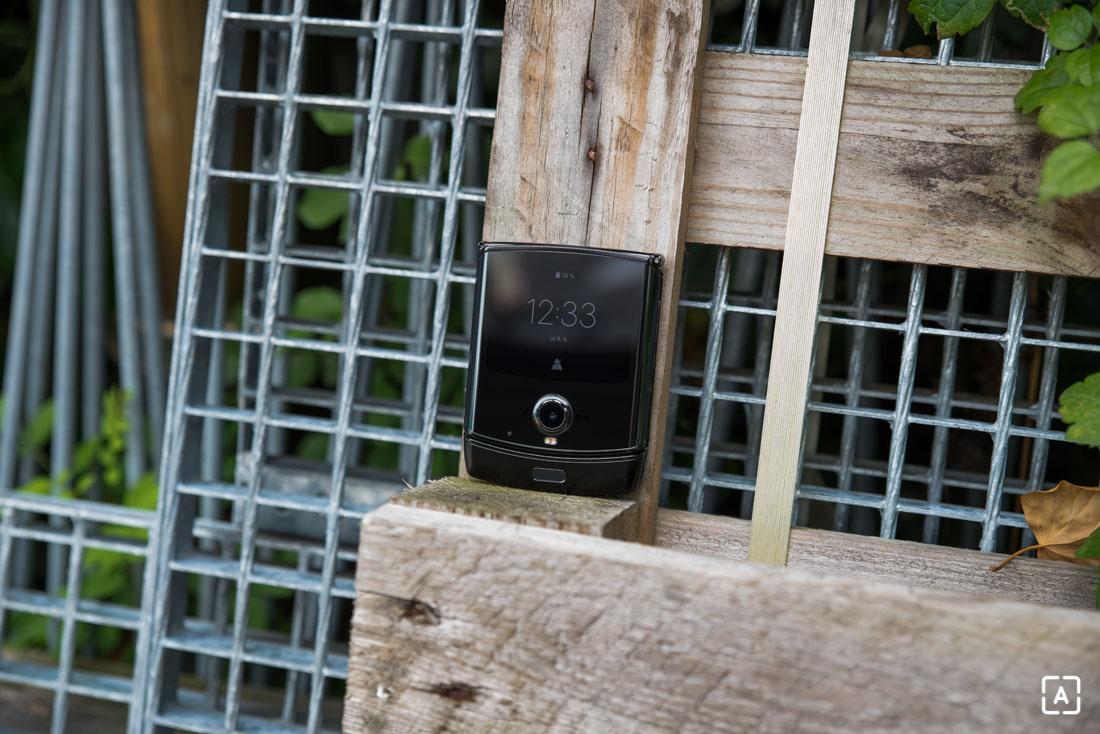 Motorola razr vonkajsi displej