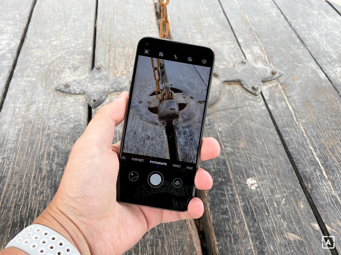 Huawei P40 Lite foto