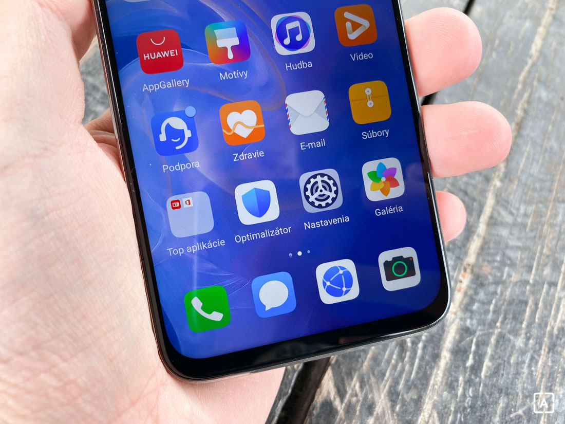 Huawei P40 Lite domov