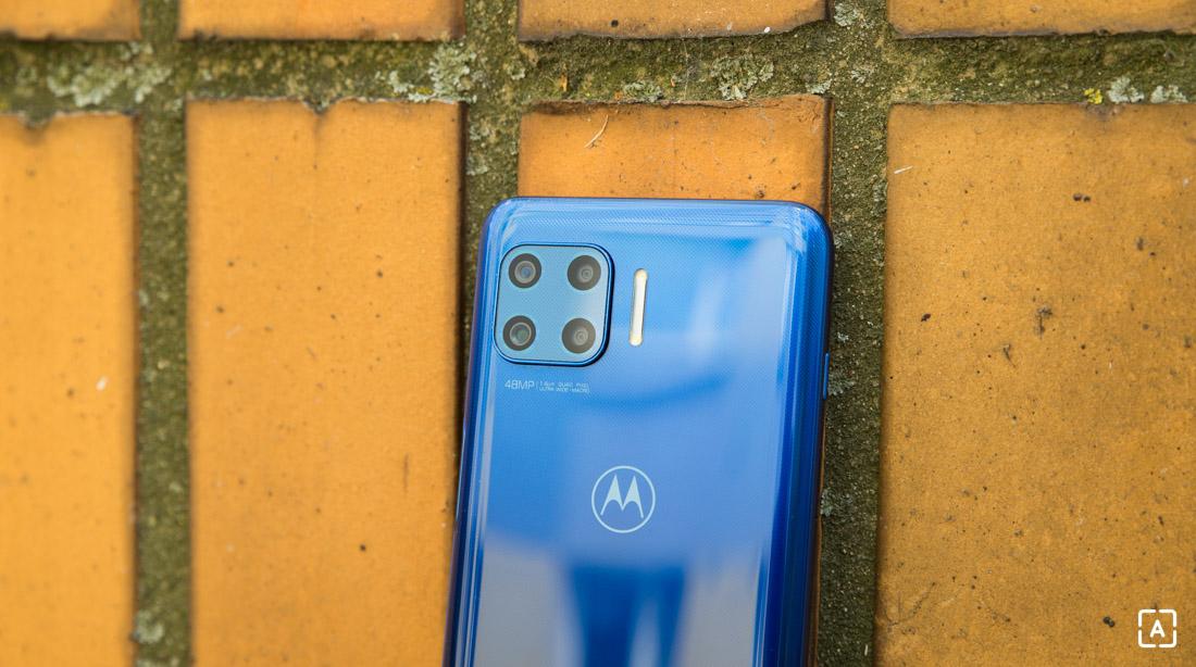 Motorola moto g 5G plus fotoaparát